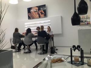 Salon Esthetic nail bar - Lazurowa 69